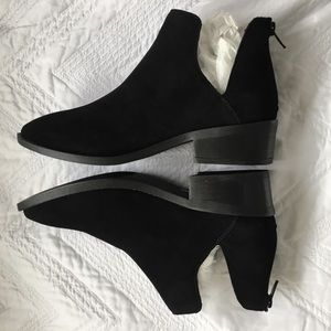 7.5 Steve Madden Laramie Black Ankle Boots Booties